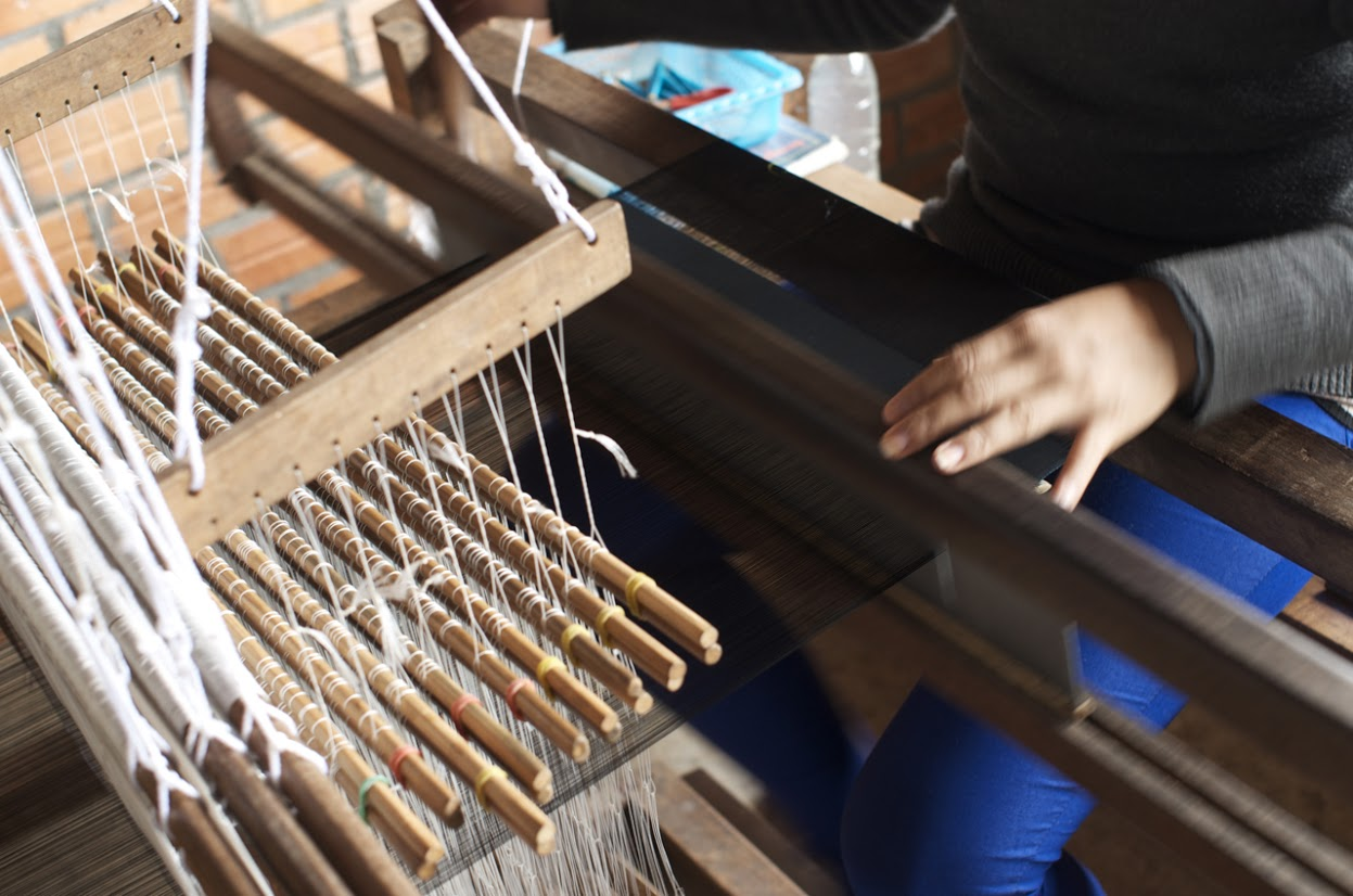 Weaving (jacquard)